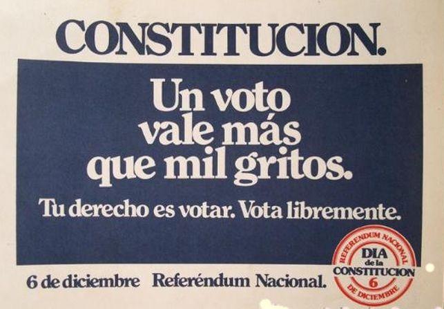 Campana-vale-gritos-conmemoracion-Constitucion_EDIIMA20141205_0114_5